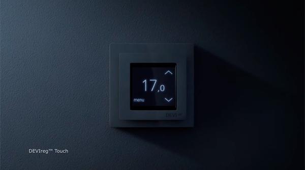 Терморегулятор DEVIreg Touch в ночном режиме
